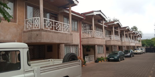TO LET – 4 Bedroom Master en suite Maisonette + DSQ – Hendred Road, Lavington